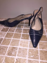 KAREN SCOTT  size 9 Windsor, N8P 1N2