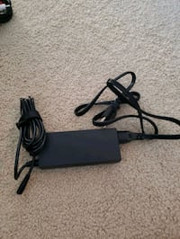 Targus universal laptop charger. New. Read info Herndon, 20170