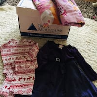 Size 3 girls dresses and clothes n bedding  Calgary, T3K 6E8