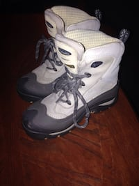 Women's Columbia boots size 6 Prince Albert, S6V 1L4