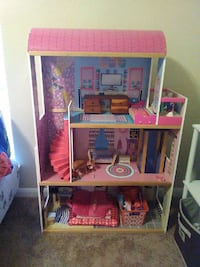 pink white and purple wooden dollhouse Baton Rouge, 70810