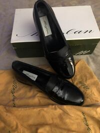 pair of black leather loafers Fort Washington, 20744