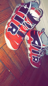 Chicago Bulls Uptempo's Size 11.5 Silver Spring, 20903