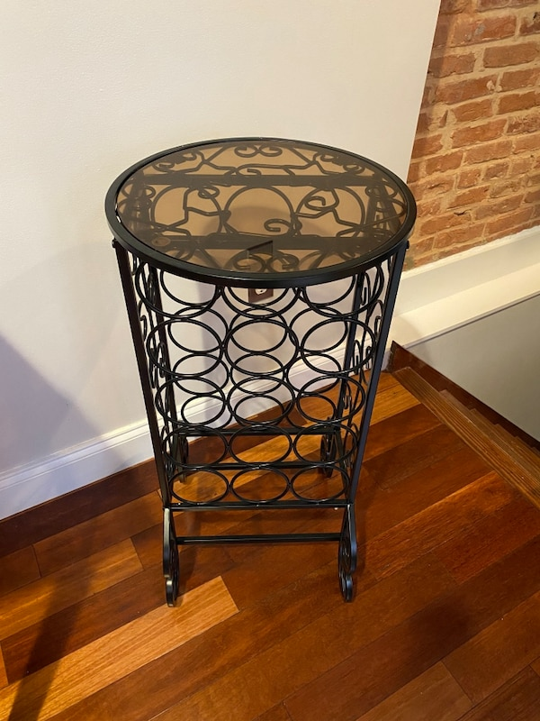 Wine rack table 3
