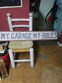 Wooden hand painted garage sign Hamilton, L8L 3Y9
