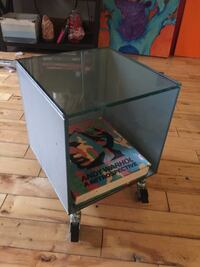 Modern Cubic Glass End Table  Knoxville, 37902