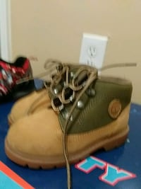 Timberland shoes size 7 practically brand new Suitland-Silver Hill, 20746