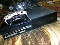 Xbox one with controller and monitor Hyattsville, 20783