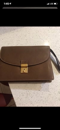 Authentic Gucci Mens Leather Clutch