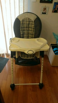 Multi stage High chair