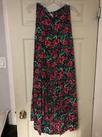 Taille / size : Small Montreal
