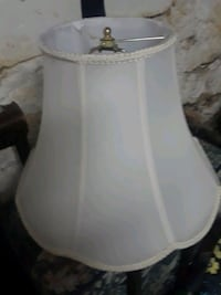 Large white lamp shade New Holland, 17557
