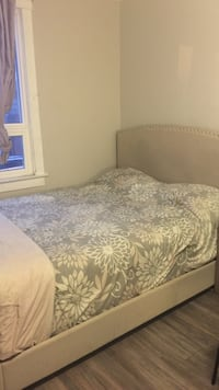 Twin bed set with matress