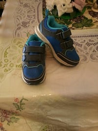 Brand new boy Carter's light up shoes, $20 firm Colton