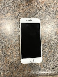 iPhone 7 white rose gold clean meid sprint fairly new  Wentzville, 63385