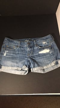 American Eagle Jean Shorts Size 4 Oneonta, 13820