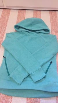 Old navy teal sweater kids size 10-12 Toronto, M1C 5A9
