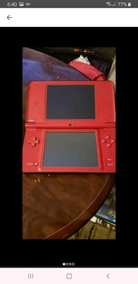 Nintendo dsi XL with 4 games