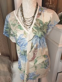 women's brown and blue floral print blouse Mississauga, L5M 1B2