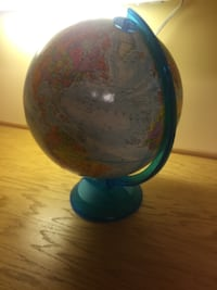 """World Globe/Great Gift for kids """"Mint Condition"""" Tyngsborough"""