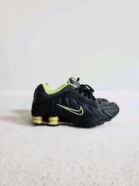 NIKE Kid's Size 3.5Y Centreville, 20120