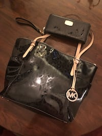 Michael Kors Purse and Wallet Bethlehem, 18017