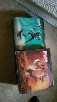 two assorted DVD movie cases Los Angeles, 91602