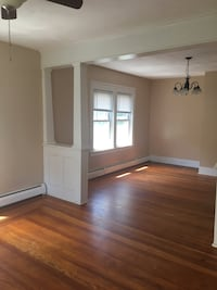 APT For rent 2BR 1BA Lincoln