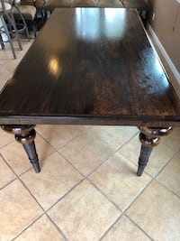 Solid wood gorgeous table Nipomo, 93444