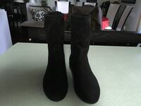 black suede boots Whitby, L1R 2E6