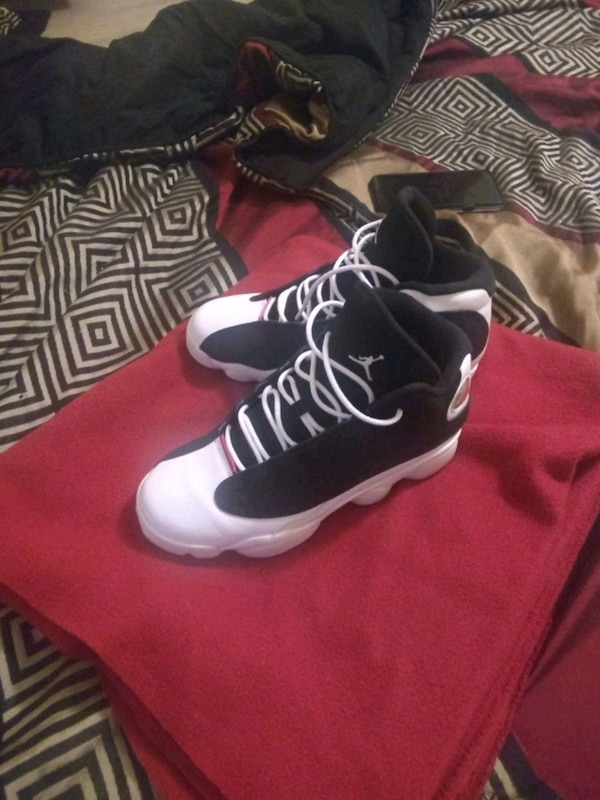 d9024964f060 Used pair of black-and-white Air Jordan shoes. Size 5. for sale in  Winston-Salem