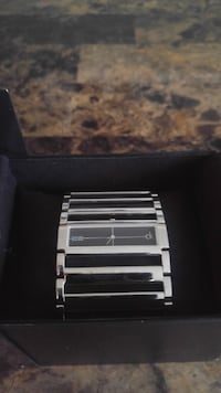 Swiss made high end brand-name women's watch Victoria