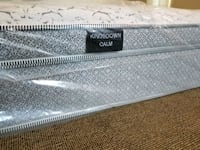 New king mattress - kingsdown Surrey, V4N 2J5