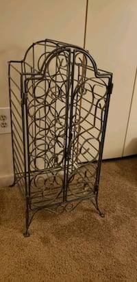 black metal 3-layer rack Dundalk, 21222