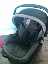 Safety 1st car seat London, N6G 5R6