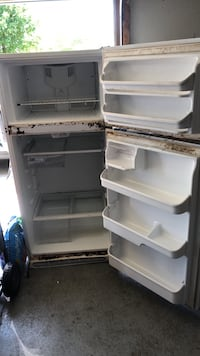 Has some rust works good garage freezer/fridge Virginia Beach, 23457