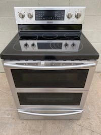 Brand New Samsung 5.9 cu. ft. Flex Duo Double Oven Convection Macomb