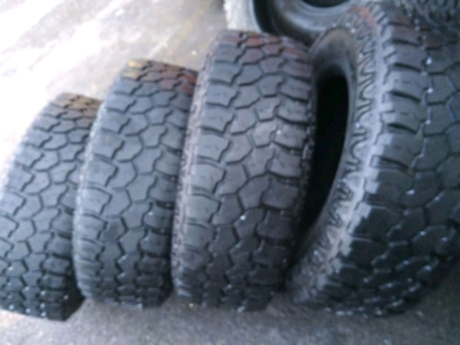 Photo 2857017lt used tires mud claw