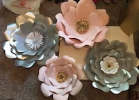2 Silver Giant Flowers,1 Giant pink flower, 1 small pink Flower... Holland, 49423