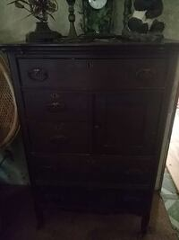 brown wooden 4-drawer chest Lake Park, 56554