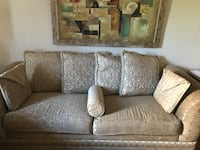 gray fabric 2-seat sofa Ottawa, K1Z 8E7