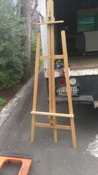 brown wooden easel stand Capitol Heights, 20743