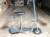 Big Razor E300 Electric Scooter with Removable Seat. Biggest Razor Scooter you can buy, ready to ride.