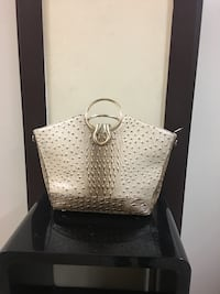 Borsa donna color beige similpelle del coccodrillo