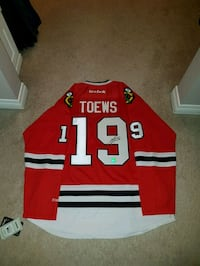 Signed Jonathan Toews Jersey with COA