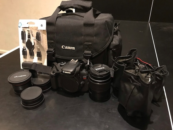 Canon Rebel EOS t3i - Complete Kit 0