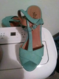 pair of green leather open-toe ankle strap heels Vancouver, 98661