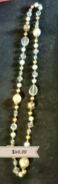 white and brown beaded necklace Salem, 97305