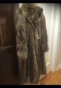 Made in Italy Winter is coming! Marmot fur good condition Toronto, M4V 2H4