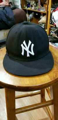 New York Yankees  Calgary, T2B 2C7